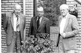 Oud-E.M.M.-bestuursleden. V.l.n.r.: Van Hoevelaken, Werner en Jonker.