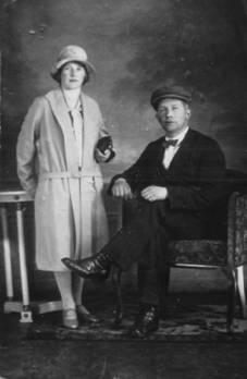 Maaike en Kees Wolswinkel, 1927.