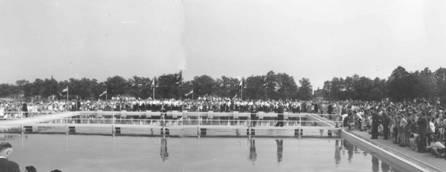 Veel publiek tijdens de opening in 1959.