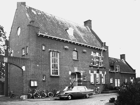Het 'oude' gemeentehuis.