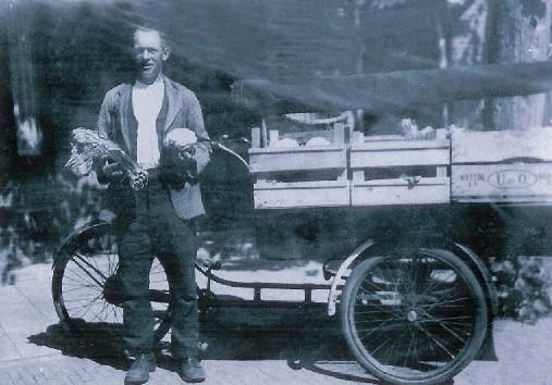 Groenteboer Klaas Valkenburg, ± 1940
